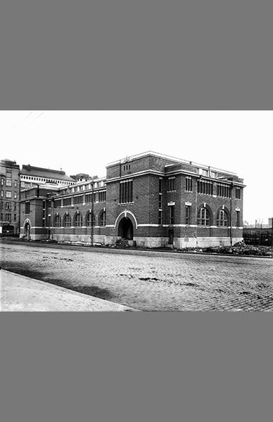 Hakaniemen kauppahalli 1914 – Tuntematon / Helsingin kaupunginmuseo