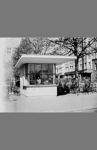 Karhupuiston kioski 1940 – Väinö Kannisto / Helsingin kaupunginmuseo